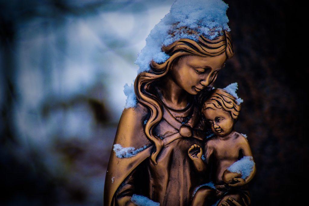 maria ejemplo maternidad divina